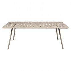 LUXEMBOURG TABLE 207 X 100
